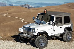 jeep relax (nnicolo) Tags: relax jeep 4 x off road extreme fuoristrada love girl autoscatto