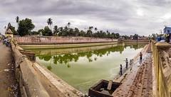 Nachiyar Kovil @ Thirunarayur near Kumbakonam (Yesmk Photography) Tags: nachiyarkoil thirunarayur kumbakonam tanjore thanjavur tamilnadu hindu vishnu kalkarudan pond temple southindia yesmk muthukumar outdoor daylight water holy panorama placeofworship vaishnav