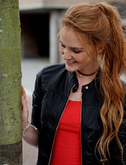 Evergreen Evelien (e) Tags: evelien redhead day rood roodharigendag red retratos rouge ros roodharig rot rothaarig hair redhead days 2016 roodharigendag rhd2015 pelirrojo portrait portraiture posing retrato rosso breda nl lady woman mademoiselle female femme frau mdchen girl girls glimlach ginger lach smile sorria sonrisa sourire valkenbergpark stunning gals women vrouw ragazze   ryzhiy pelirroja redhaired mc1r rhd2016