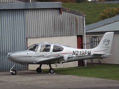 N219PM Cirrus SR22 (Aircaft @ Gloucestershire Airport By James) Tags: gloucestershire airport n219pm cirrus sr22 egbj james lloyds