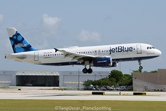 DSC_0022_808 (thokaty) Tags: jetblue fortlauderdaleairport kfll airbus a320 a320232 bluemonday n571jb kin eis2003