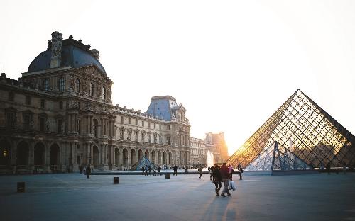 Tour châu Âu mùa thu tiết kiệm 5 triệu đồng