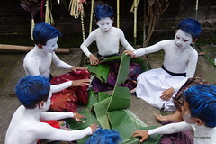 DSC05681 (Peripatete) Tags: bali indonesia ceremony hinduism religion spirituality ngerebeg temple children colors