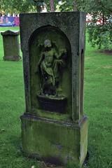Grabmal 007 (michael.schoof) Tags: grabmal friedhof historischerfriedhof