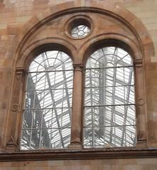 Arch window (rbjag71) Tags: arch window centralstation glasgow railstation canonpowershot sx610hs