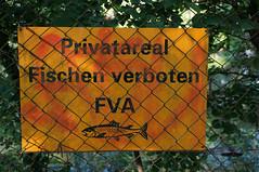 Fischen verboten (Rosmarie Voegtli) Tags: signs fishing prohibited verboten fischen dornach sooc scavchal