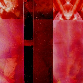 red plexiglasstract