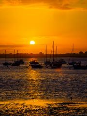 P8071590.jpg (sniggi) Tags: beachhuts olympus em5mkii england boote urlaub sonnenuntergang omd 2016 sunset christchurch
