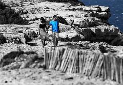 les amoureux de la falaise - lovers cliff (serial n N6MAA10816) Tags: desaturation bleu blue roche pierre extrieur out