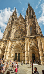 in front of st. vitus (lichtauf35) Tags: prague stvitus cathedral pov wideangle sommer2016 summer2016 color colorful colori travel europa gotik manualwb bluesky lightroom acdsee details visitors lichtauf35