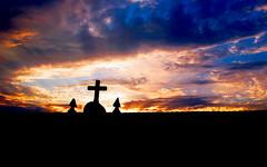 Cartes, Cantabria (G de Tena) Tags: amanacer cruz