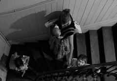 Le charme des vieux escaliers (Olivr 's pictures) Tags: olivrspictures leica leicax typ113 bw portrait toulouse animals monochrom escalier escalator