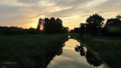 Summer sunset near Veenendaal 2 (Cajaflez) Tags: sunset zonsondergang veenendaal degrift nederland thenetherlands