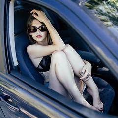 La voiture II (vin-gm) Tags: vingm visage portrait pretty sensual regard ravissante voiture car femme fminin fashion woman women