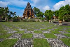 Puri Agung Semarapura (ben_leash) Tags: blue klungkungpalace klungkung semarapura bali indonesia temple chessboard checkered sony a77 wideangle ultrawide 15mm garden