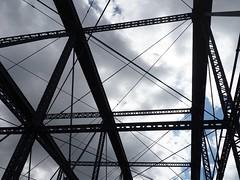 P9240081 (klerevue) Tags: pittsburgh duckytour bridges