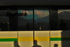 in the route (Jeff Cruz) Tags: metro subway nature mountain montañas silueta sunshine street sombras silhouette see sky art arte green yellow espejo reflejo dark naturaleza camera retrato digital medellin colombia