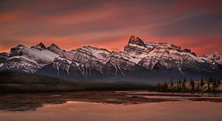 sunrise at Mt Peskett