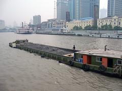 Kahn (loitz79) Tags: geo:lat=3124661100 geo:lon=12149140700 geotagged china chn hongkou huangpufluss kahn shanghai shanghaishi 上海 中国 驳船 黄浦江