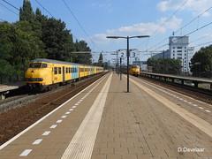 27 augustus 2013 (davelaar21) Tags: eindhoven beukenlaan mat´64 plan´v stoptrein