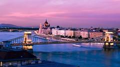 Budapest pink hour (j0s3) Tags: budapest hungria hungary city cityscape pink river danubio light bridge pentaxk5 pentax smcpda1650mmf28edalifsdm
