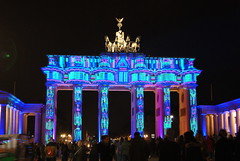 "Brandenburger Tor • <a style=""font-size:0.8em;"" href=""http://www.flickr.com/photos/52838876@N07/30369246745/"" target=""_blank"">View on Flickr</a>"