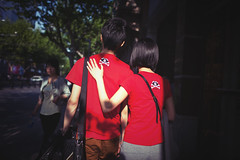 Lover (Yinjia Pan) Tags: street red love walking outdoors photography asia shanghai chinese streetphotography snap lover china1 35l canonef35mmf14lusm 5d2