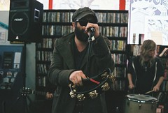 THE BLACK ANGELS (emily_quirk) Tags: chicago austin keys march illinois keyboard broadway accordion acoustic vic recordstore friday tambourine lakeview instore reckless psych recklessrecords theblackangels blackangels psychdelic victheatre alexmaas christianbland stephaniebailey emilyquirk