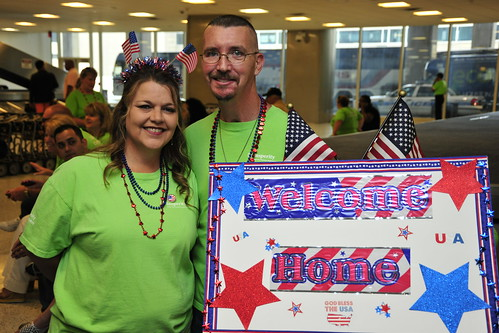Welcoming Home Heroes at IAH!