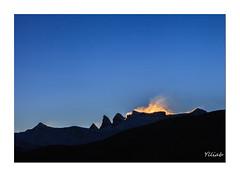 Lever du jour (Ylliab Photo) Tags: mountain montagne alpes landscape paysage ylliab ylliabphoto lepaysagesimplement