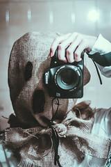 Ojal suees conmigo... (Laurita Church) Tags: self creepy selfie autorretrato canon 50mm