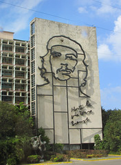 Revolution Square Cuba, Che Guevara Mural (shaire productions) Tags: cuba cuban image picture photo photograph photography travel world traveler building urban cityscape revolutionsquare havana street road che cheguevara mural art metal wire streets