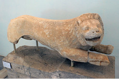 P1280571 (Cinzia, aka microtip) Tags: delos cicladi grecia archeology antichit archaelogy unescoworldheritagesite mithology sanctuary ancientgreece archaeologicalmuseum sculpture lion lions