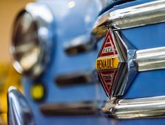 Spanish Renault (Walimai.photo) Tags: blue azul car coche museo historia automocin salamanca spain espaa nikon d7000 helios 44m4 detail detalle macro color colour