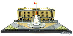 The completed built of Buckingham Palace without the micro built (WhiteFang (Eurobricks)) Tags: lego architecture set landmark country buckingham palace victoria elizabeth royal royalty family crown jewel imperial statue tourist united kingdom uk micro bus taxi