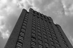 DSC02158-BW (Ripper2860) Tags: sony a6000 alpha6000 sonye5018oss hotel monolith architecture clouds riverwalk sanantonio bw blackandwhite monochrome