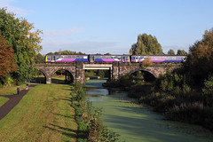 142021 Seven Arches 13th October 2016 (John Eyres) Tags: 142021uid 156 cross sankey canal with 2h44 0927 liverpool lime street manchester oxford road 131016 warrington