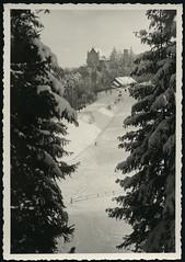 Archiv H663 Winterlandschaft, 1950er (Hans-Michael Tappen) Tags: archivhansmichaeltappen natur landschaft scenery umwelt lebenswelt schnee winter snow wintersport schloss 1950er 1950s