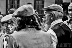 madrid mon amour II (Bernardo Marchetti) Tags: madrid black whit bianco nero old man smoking street photography portrait verbenadesancayetano malasagna lavapies