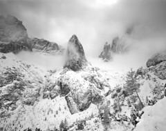 Winter, Dolomiti di Sesto, Italia (Black and White Analog Landscape Photography) Tags: dolomiti italy mountains montagne mamiya7ii landscape wilderness nature natura analogue