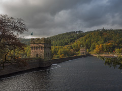 Dambusters Dam (Ian M Bentley) Tags: derwentdam derwentvalley peakdistrict darkskies cloudyskies autumn dambusters 617squadron lancasters bouncingbomb historical ww2 sirbarneswallis operationchastise olympus omd em5ii zuikopro1240mm colours green brown red derbyshire snakepass valley fall fallcolors reservoir dam outdoor landscape hill serene