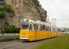 BKV Budapest Ganz C SMG-type tram 1428 at Szent Gellért tér on 28 April 2016 (Trains and trams eveywhere) Tags: budapest hungarian tram ganzcsmg budapestiközútivaspálya localtransport tramway szentgellérttér buda