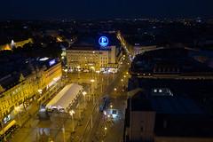Zagreb - Trg Bana Josipa Jelaia (Aelo de la Krotsche) Tags: trgbanajosipajelaia hrvatska croatia croatie zagreb zagrebbynight zagrebdenoche zagrebdenuit nuit nacht night noche zagrebeye zagrebeyeobservationdeck 360
