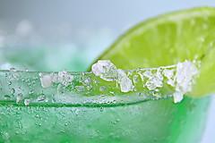 Salty Edge (Caroline.32) Tags: macromondays edge salty margarita drink lime macro rim nikond3200 18140mmlens extensiontube20mm catchycolors