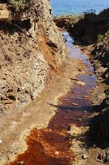 "il ""canyon"". (LucaBertolotti) Tags: isoladelba elba calaseregola ruggine rust red sea water mare riomarina toscana italia isola island minerals minerali"