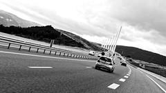 2015-08-23 - Viaduc de Millau (AdminOfPlaygroup) Tags: route ciel viaduc pont voiture nuage millau corse france noiretblanc