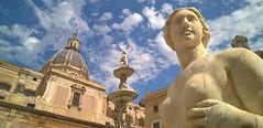 Sicilia (cortomaltese) Tags: palermo italia italy sicilia sicily fontanapretoria piazzapretoria piazzadellavergogna statues greekdeities francescocamilliani kalsa