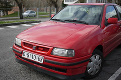 Seat (Jusotil_1943) Tags: coche auto cars redcars