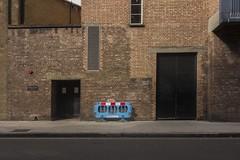 . (Le Cercle Rouge) Tags: patchwork london londres engalnd angleterre unitedkingdom uk russel square monochromatic brick walls