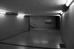 Unterfhrung (jana.johnston) Tags: unterfhrung ubahn stadtbahn stuttgart unterground subway blackwhite schwarzweis